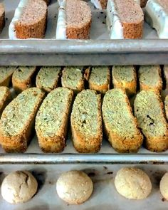 Celebrating quality ingredients through quality baked goods. Lemon Cookies, Toasted Coconut, Matcha, White Chocolate, Biscotti, Baked Goods, Banana Bread, Cinnamon, Rustic