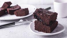 Brownie: La receta más esponjosa con espelta Desserts, Cute, Recipes, Ideas, Chocolate Brownies, Melted Chocolate, Crack Cake, Spelt Flour, Sweets