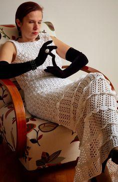 1950s style crochet bridal dress vivrutdesigns.blogspot.com