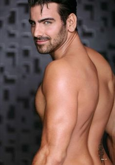 DNA Magazine interviewed the first America's Next Top Model deaf winner, Nyle DiMarco, in underwear about modeling and his next step. Nyle Dimarco Antm, Dwts Winners, Beard Model, America's Next Top Model, Smiling Man, Hommes Sexy, Guy Pictures, Attractive Men, Men Looks