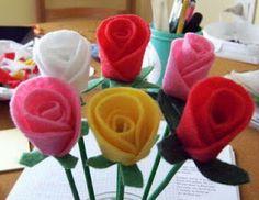 Cousas miñas: Tutorial: rosa de fieltro fácil