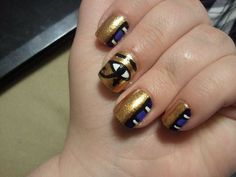 Might have to try these for Egyptian day at school! #egyptiannailart