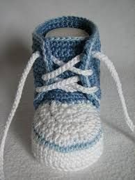 Baby-Sneaker häkeln ► DIY Baby-Schuhe häkeln - Online Pins For YouHäkelanleitung Babyschuh Sneaker - My WordPress WebsiteThis Pin was discovered by DraMaking Your Own Footwear - 10 DIY Shoes for Comfort and Style Booties Crochet, Crochet For Boys, Crochet Baby Booties, Crochet Slippers, Hat Crochet, Baby Knitting Patterns, Baby Patterns, Baby Slippers, Baby Sneakers