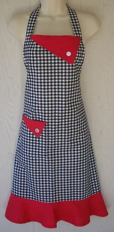 Black Gingham Apron , Womens Retro Full Apron , Black and Red , Kitsch Apron…