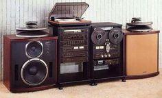 Vintage Technics Setup...  am drooling. I miss my Technics speakers.