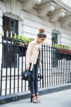 London-Street_Style-Sandro_Paris-Biker-Ripped_Jeans-17