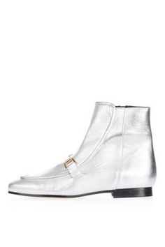 Get trending shoes at Topshop. From wear-with-everything mid-heels and sandals, to the leather boots you'll be living in this season, we've got you covered. Asos, Topshop, What I Wore, Apple Pie, Leather Boots, Fashion Shoes, Ankle Boots, Loafers, Shoe Bag