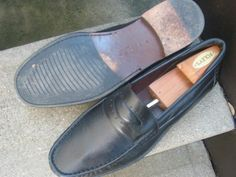E.T. Wright Black Leather Loafers Mens Used Shoes 13 D