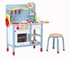 Play Kitchen: Find the right play kitchen for your home, based on space and decor style.