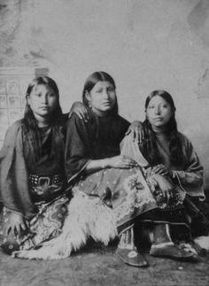 Kiowa girls - circa 1890