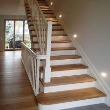 Znalezione obrazy dla zapytania schody białe drewniane