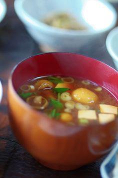 "Traditional Japanese Food ""Miso Shiru"" Soup, with Nameko Mushroom, Tofu Cube and Chopped Negi Green Onions なめこと豆腐の味噌汁"