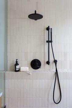 Heath Ceramics Tile, Heath Tile, Modern Shower, Modern Bathroom, Master Bathroom, Decor Inspiration, Bathroom Inspiration, Bathroom Renos, Bathroom Renovations