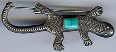 GREAT VINTAGE NAVAJO INDIAN STAMPWORK SILVER TURQUOISE GECKO OR LIZARD PIN