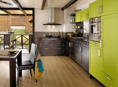 modern green kitchen - Cuisine moderne colorée (vert anis)