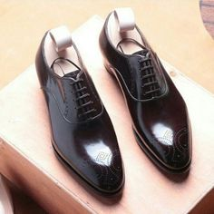 http://chicerman.com  mydapperself:  What suit would you wear with these beautiful shoes? What tie?   #shoes #dapper #black #mensshoes #style #luxury #suit #menswear #elegant #shine #ootd #fashion #mydapperself #cool #amazing #suitup #meninsuits #mydapperself #beyourself #inspiration  #menshoes