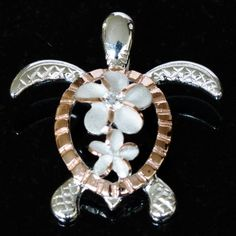 Loving the turtles and dolphins! I Love Jewelry, Jewelry Rings, Jewelry Box, Jewelery, Fine Jewelry, Souvenir Ideas, Turtle Jewelry, Hawaiian Jewelry, Aloha Hawaii