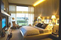 """♡ Arquitetura e Interiores no Instagram: """"♡ ♡ ♡ ♡ Iluminação indireta no tom amarelo juntamente com painel de madeira frisado, mais nicho na cabeceira e cortina em lindo deixam o quarto do casal assinado pela arquiteta Debora Aguiar muito aconchegante. ♡ ♡ ♡ ♡ ♡ ♡ Da vontade de entrar e não sair mais! ♡ ♡ ♡ ♡ ♡ #casacor #iluminação #arquitectura #architecture #love #amor #inspiracao #interiores #lar #instalikes #decoration #decor #decoração #instagood"""""""