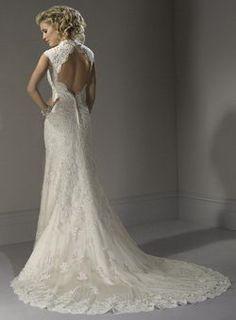 Keyhole back lace wedding dress