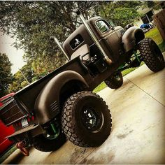 Old lifted truck Rim & Tire #Financing http://www.wheelhero.com/topics/Rim--and--Tire-Financing