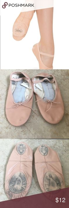 Revolution Dancewear split sole ballet shoes Revolution Dancewear premium split sole ballet shoes size 6.5 adult. Good used condition. Only used for about 3 months, once a week. Classic pink color.  Manufacturer #: 100 Item #: 100 All leather split-sole ballet shoe with elastic drawstring and pre-sewn strap  -Soft leather with full cotton lining  -Flexible split-sole design for a beautiful arch  -Elastic drawstring and pre-sewn elastic strap  -Anatomically correct right and left shoes for a…