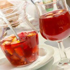 Sommerlicher Drink unter spanischer Sonne, Bowle