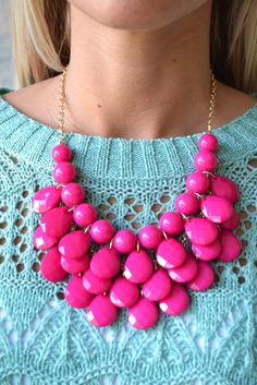 Piace Boutique - Tammy Necklace ( 2 colors) in Jewelry Scarf Jewelry, Jewelry Tree, Jewelry Crafts, Fashion Jewelry, Women Jewelry, I Believe In Pink, Jewelry Tattoo, Teardrop Necklace, Glitz And Glam