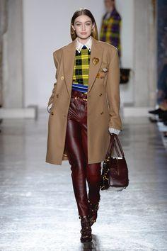 Versace | Ready-to-Wear - Autumn 2018 | Look 5