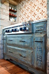 9115-03 Range Cabinet Custom Kitchens, Home Kitchens, Dream Kitchens, Kitchen Styling, Kitchen Decor, Kitchen Ideas, Texas Kitchen, Chalk Paint Projects, Tuscan Style