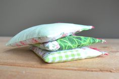green and pink patchwork lavender pillows - lavender sachets - mothersday gift - hostess gift - bedroom fresh - lavender pillow