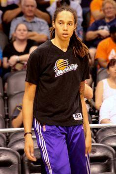 Brittney Griner I Love Basketball, Basketball Players, Brittney Griner, Like Mike, Wnba, Sports Women, Superstar, Athlete, Lady