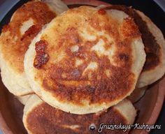 Чвиштари - рецепт кукурузных лепешек с сыром, популярных в северо-западной части Грузии, в Сванетии. Существует несколько рецептов приготовления чвиштари,