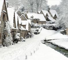 bibury village - england - snow - winter