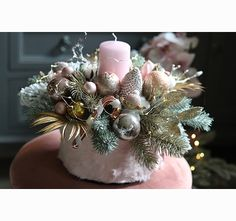 Christmas Wreaths, Christmas Decorations, Table Decorations, Holiday Decor, Flower Boxes, Flowers, Dots, Decor Ideas, Home Decor