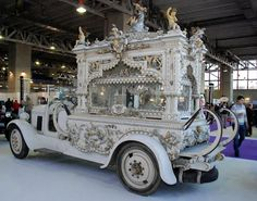 hearse cars of the 1920's from Spain