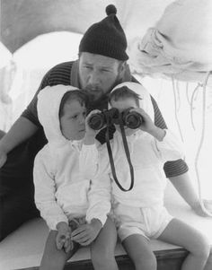 Peter Ustinov with his daughters, Pavla and Andrea