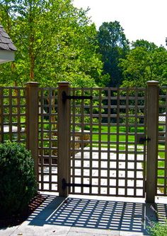 Lattice Fence Design Ideas, Pictures, Remodel, and Decor - page 13