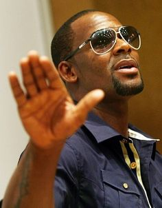 R. Kelly - music and singers