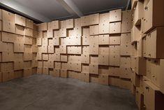 humming cork and box installation by studio zimoun.