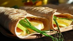 Laksewrap Frisk, Crepes, Toast, Turkey, Mexican, Cooking Recipes, Snacks, Baking, Dinner