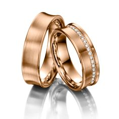 Wedding rings 123gold Classic Line, Red Gold 585/- Width: 6.00 - Height: 1.50 - Stones: 22 brilliant cut diamonds combined 0,22 ct. tw, si (Ring 1 with stones, Ring 2 without). All wedding rings can be individually configured to your exact specifications.