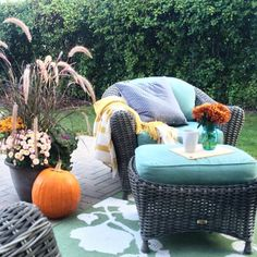 We're falling in love with this #HomeGoodsHappy Autumn retreat on @diyplaybook's patio! ❤️