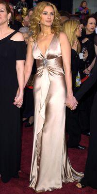 """JULIA ROBERTS IN ARMANI   WHERE 76th Annual Academy Awards in Los Angeles  WHY WE LOVE IT """"Julia is more likely to show up on the red carpet in a tuxedo. Seeing her dressed this way was a very Hollywood moment."""""""
