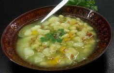 Co podpowie głowa, ręce zrobią, a język posmakuje: Domowe zacierki i młode warzywa- para idealna!