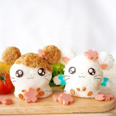 Hamtaro & Bijou in cherry blossom by peaceloving_pax Bento Kawaii, Food Kawaii, Kawaii Cooking, Hamtaro, Japanese Food Art, Japanese Sweets, Japanese Homes, Onigirazu, Cute Bento Boxes