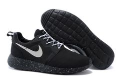 homme roshe run hyperfuse noir soldes,chaussures nike roshe run homme,roshe run pas cher Nike Shoes Outfits, Nike Free Shoes, Air Max 90 Hyperfuse, Nike Free Runners, Nike Roshe Run, Nike Air Huarache, Nike Dunks, Adidas Women, All Black Sneakers