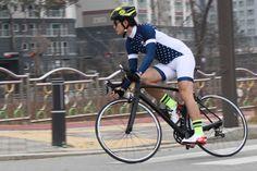 #bicycle #cyclejersey #roadbike #cyclingjersey #tlight #onlineshop #trafficlight #bikebikejersey