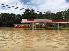 Doo's on Hwy 16, Denham Springs, Louisiana Great Flood Aug 15, 2016