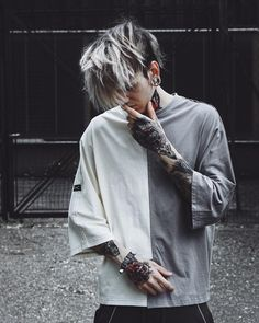 """12.3k Likes, 433 Comments - INK S T ∆ BOY  VIENNA (@inkstaboy) on Instagram: """" What city were you born in?  I was born in vienna - 1996 ⚡️ • • •…"""" Urban Fashion, Mens Fashion, Boy Fashion, Fashion Outfits, Boy Tattoos, Tattoos For Guys, Outfits Hombre, Estilo Tumblr, Tumblr Boys"""