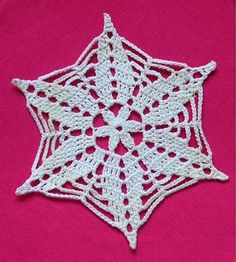 january snowflake - Her Crochet Free Crochet Snowflake Patterns, Crochet Stars, Crochet Snowflakes, Crochet Flower Patterns, Thread Crochet, Crochet Motif, Crochet Doilies, Crochet Flowers, Knit Crochet